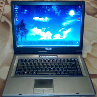 Надежный, производительный ноутбук Asus X51L (недорого)
