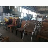 РОЗПРОДАЖ б/у меблів для кафе та ресторанів