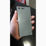 Продам смартфон Sony xperia XZ Premium Chrome 4/64 Dual SIM G8142 Зеркальный