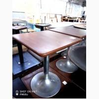 Продам столы б/у МДФ на алюминиевой ноге в хорошем состоянии