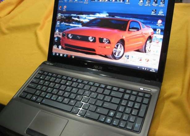 Двух ядерный ноутбук ASUS X52N в идеальном состоянии