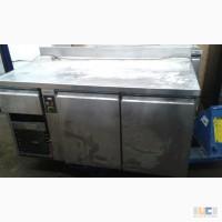 Продам двухдверный холодильный стол бу Zanussi для ресторана